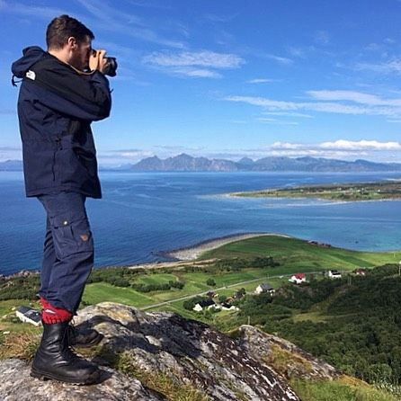 Lofoten in Norway offers some truly spectacular vistas. To try to make them justice Remmen co-founder Johan brought his #Nikon #D600 secured around his neck with his now well worn Remmen N1 Natural. --- #remmenstraps #vegetabletanned #RemmenNatural #lofoten #MadeinSweden #camerastrap #leatherstrap