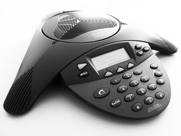 Let Your Business Soar With Hosted VoIP | http://www.techwench.com/let-your-business-soar-with-hosted-voip/
