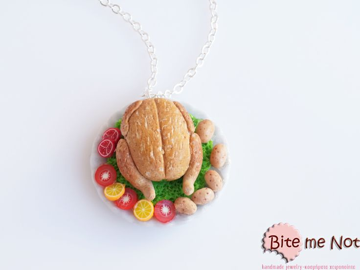 ''Christmas turkey'' -Silver plated long chain necklace!  -Round ceramic plate decorated with a lettuce leaves! On the plate is served the traditional christmas roasted turkey accompanied with fresh baked potatoes, fruits and vegetables!