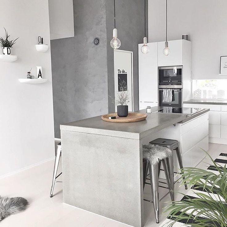 Starter dagen på kjøkkenet til flotte @ingerliselille ☺️ Shoutout