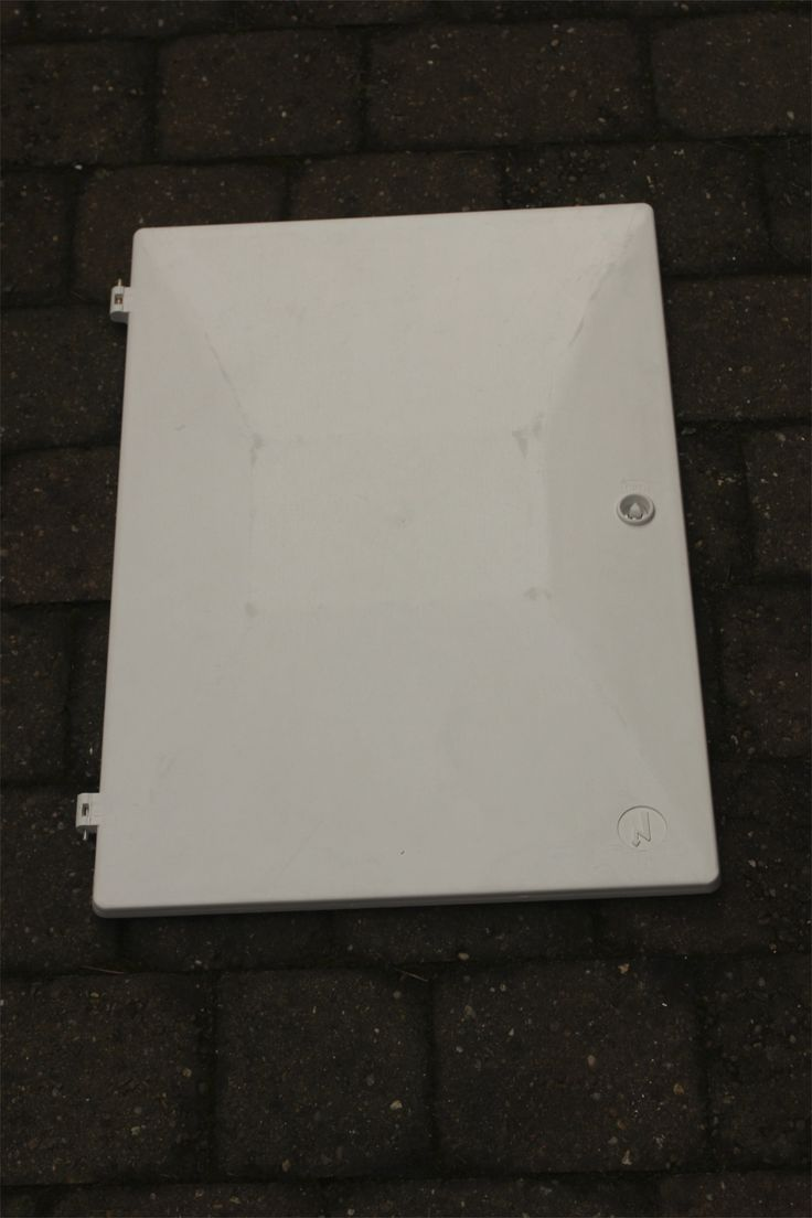Replacement meter doors for gas and electricity meter boxes. All types of door on offer at repairmymeterbox.com