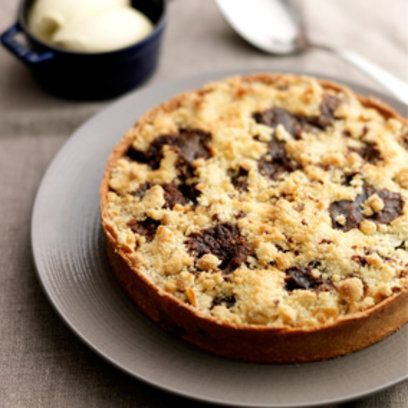 Apple and toffee crumble tart from Tom Kerridge's Proper Pub Food