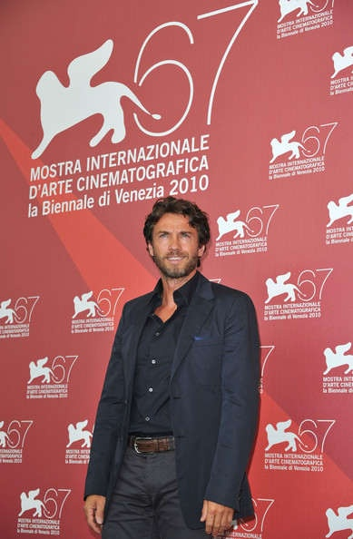 Alessio Boni born Sarnico, July 4, 1966 is an Italian actor. In 1992 he graduated 'National Academy of Dramatic Art Silvio D'Amico, but started working since 1988, the year of her acting debut in the soap operas and to go after in theatrical productions, film and television.
