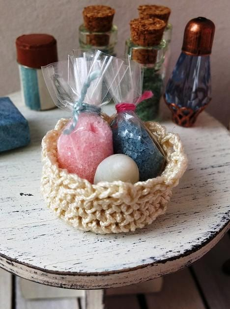 Dollhouse miniature bathroom basket with bath salt by DewdropMinis