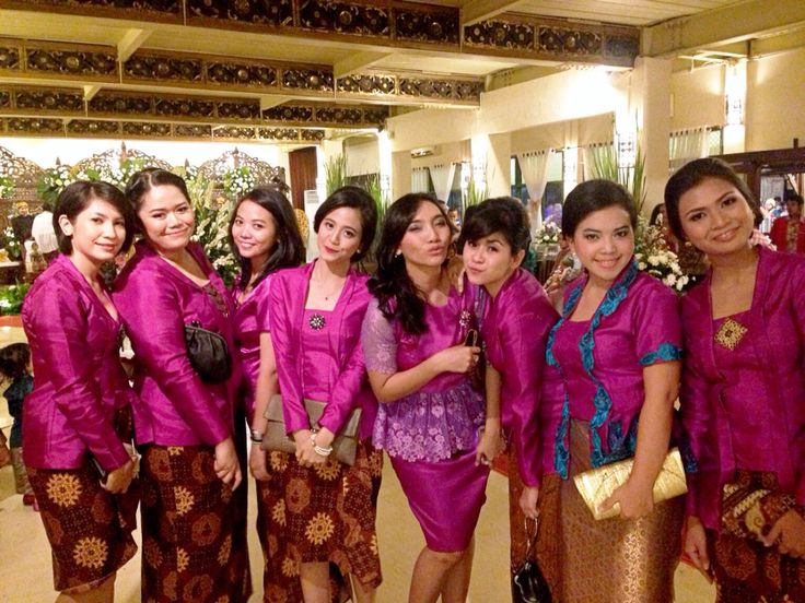 Kebaya Kutu Baru, my Troops on my wedding day