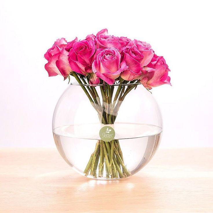 Ծաղիկների գները նման են նավթի գնին: Ամեն կերպ զսպում և չենք բարձրացնում այս տարվա մարտի 8-ի գները: Стоимость цветов похожа на цены на нефть. Всячески сдерживаем и не повышаем цены на наши цветы на 8 марта в этом году. The cost of flowers is similar to the price of oil. We strongly support the current prices and do not raise them for our flowers for March 8 this year. garun.am #garunam #Spring #March8 #FlowerDeliveryYerevan #Armenia #Yerevan #FreshRoses #Roses…