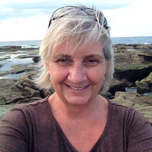 Julia Mitchell 13's avatar