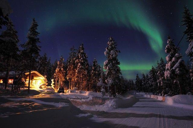 voyage-pas-cher-finlande-noël-en-laponie-finlandaise-rovaniemi-aurore-boréale-finlande-village-du-père-noël-décembre-offre-spéciale-expedia-promotion