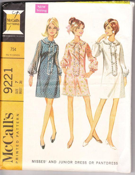 1968 robe de juniors d'imprimé couture patron McCall 9221 pour jeune ou…