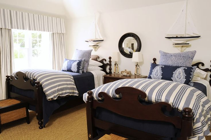 Google Image Result for http://eclecticrevisited.files.wordpress.com/2011/02/nautical-beach-theme-bedroom-blue-white-bedspread-bedding-eclectic-home-decor-ideas-phoebe-howard.jpg