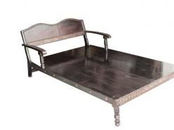78 best ideas about diwan furniture on pinterest indian for Old diwan bed