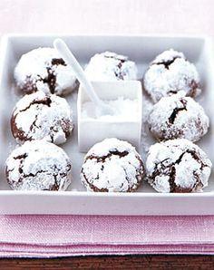 Chocolate snowball cookies -german recipe Schoko-Schnee-Kugeln - Rezepte…