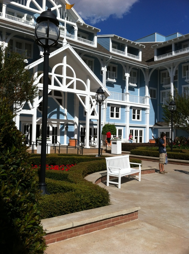 Yacht and beach resort in wdw 16