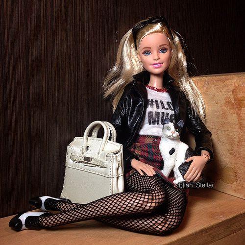 Made to move Barbie | Elian Stellar | Flickr