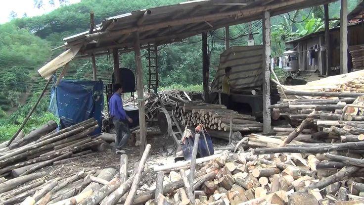Xem bóc gỗ ở vùng cao Yên Bái