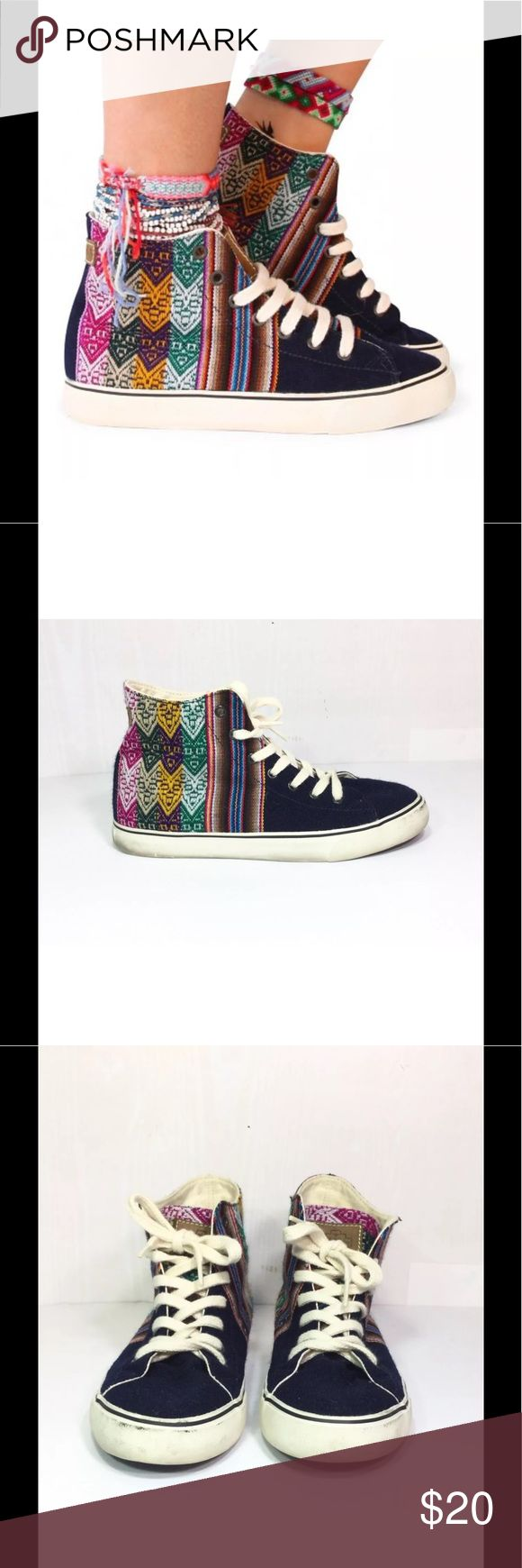 Mipaccha men & women's high top sneakers Aztec - no holes or flaws just need a light cleaning • beautiful pattern  • For men or women mipaccha Shoes Sneakers