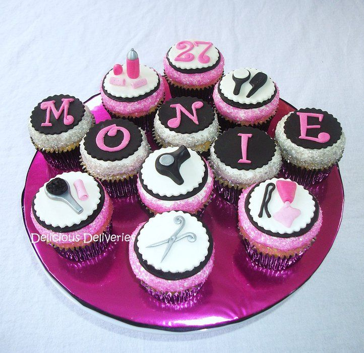 Hairdresser Themed Cupcakes - by DeliciousDeliveries ...