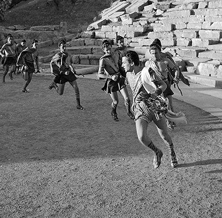 Ιππόλυτος του Ευριπίδη, Εθνικό Θέατρο. Επίδαυρος, 1954. Φωτογραφικό Αρχείο Μουσείου Μπενάκη Φωτ.: Δημήτρης Χαρισιάδης