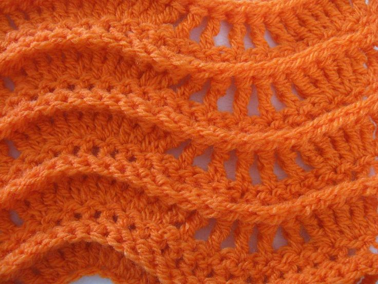 Crochet tutorial that teaches you how to crochet a ripple stitch using this lacy pattern. For written pattern http://www.meladorascreations.com/lacy-zig-zag-... ༺✿ƬⱤღ  https://www.pinterest.com/teretegui/✿༻