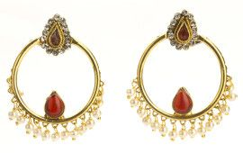Stand out with these delicate and elegant #traditional #polki #ruby earrings! shop at buybejeweled.in for INR400