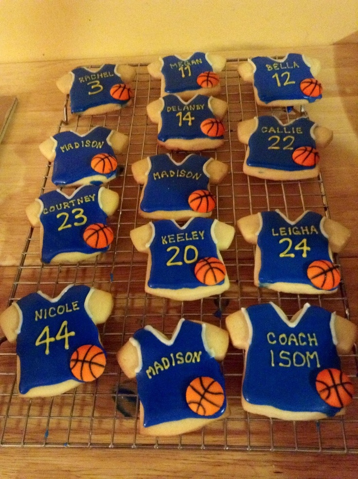 Decorated cookies    How cute is this for a team party?  LOVE it!