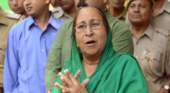 """Chandigarh: Dalbir Kaur, the sister of Sarabjit Singh, who died in a Pakistan jail in 2013, has said that India should approach the International Court of Justice and ensure that the death sentence awarded to Kulbhushan Jadhav by Pakistani establishment is not carried out. """"Our government should..."""