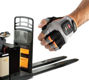 Crown Equipment - Wireless Glove Controls Pallet Truck Operation Remotely