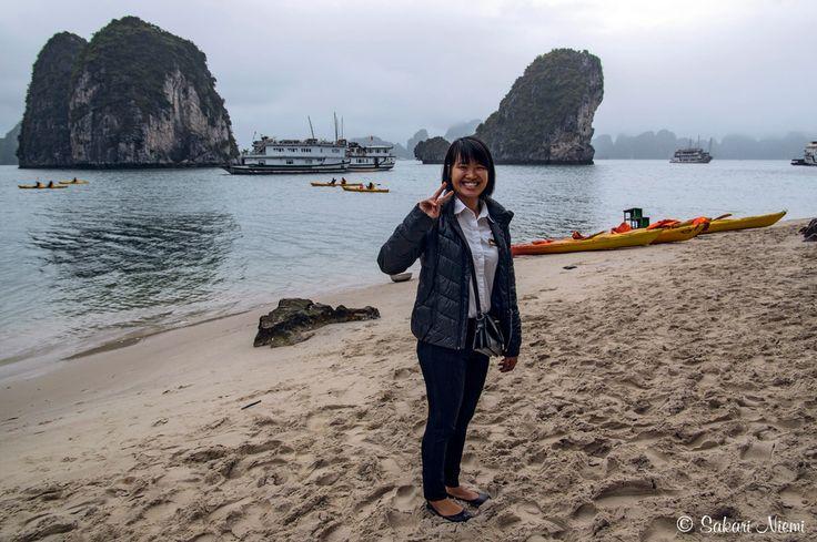 VN_160131 Vietnam_0478 Victory Starin risteilyemäntä Halonginlahden rannalla