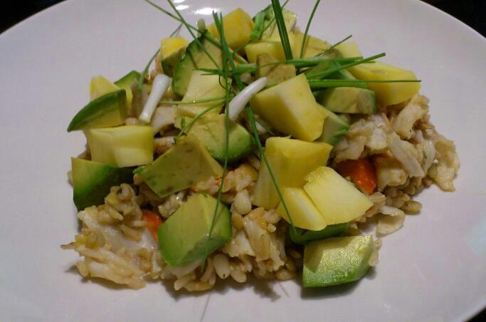 CRAB QUINOA SALAD WITH AVOCADO AND MANGO | FROM LUCYS' KITCHEN | Pint ...