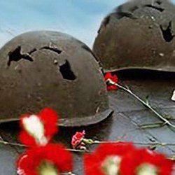 """Более 400 воинов найдены и перезахоронены поисковиками Коломны за прошедший полевой сезон - http://kolomnaonline.ru/?p=12527 КОЛОМЕНСКОЕ ИНФОРМАГЕНТСТВО (""""КОЛОМЕНСКАЯ ПРАВДА"""") – 2 декабря. Останки более 400 воинов найдены и перезахоронены в полевых экспедициях, предпринятых пят"""