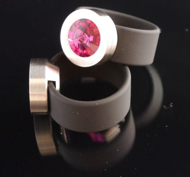 Silikon - Ring + Edelstahlkopf silber + SWAROVSKI ELEMENTS Fb. Fuchsia-$29.95-(ring-rings )