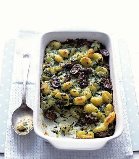 476533-1-eng-GB_baked-gnocchi-with-spinach-and-mushrooms