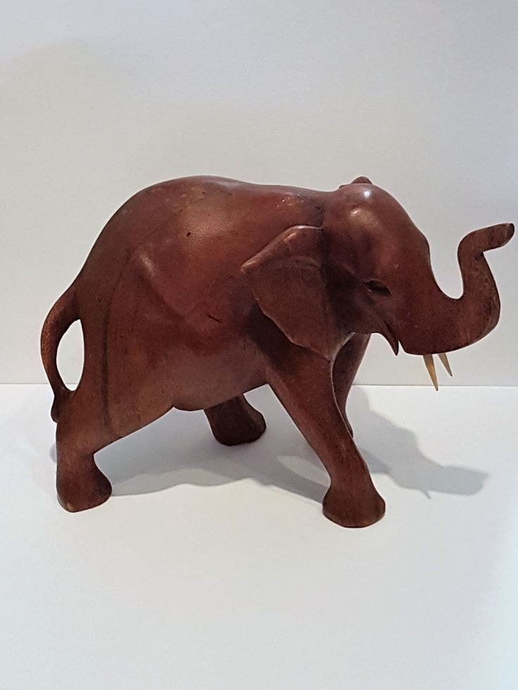 elefant aus holz geschnitzt niedlich handarbeit unikat deko tierfigur skulptur ebay zazoudo. Black Bedroom Furniture Sets. Home Design Ideas