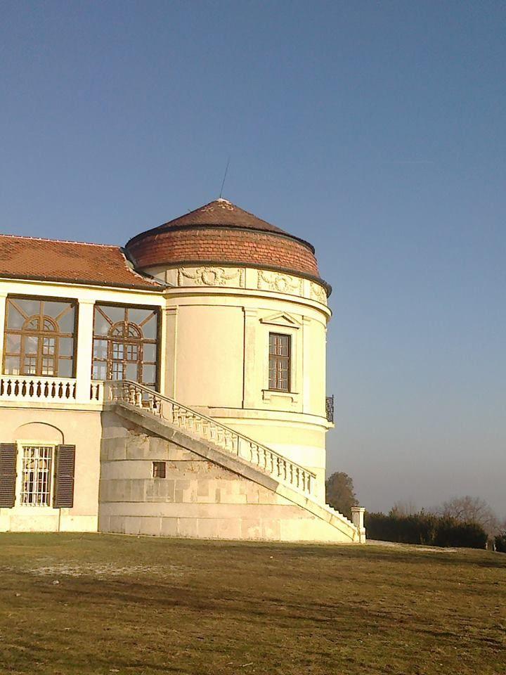 Birkás Krisztina Iszkai kastély a téli napsütésben Több kép Krisztinától: http://picasaweb.com/birkask