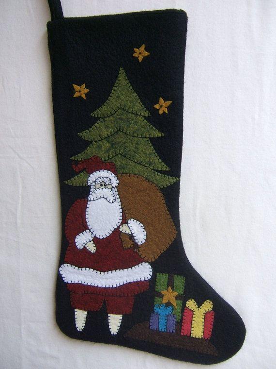 Best 25 felt stocking ideas on pinterest felt christmas for Felt stocking decorations