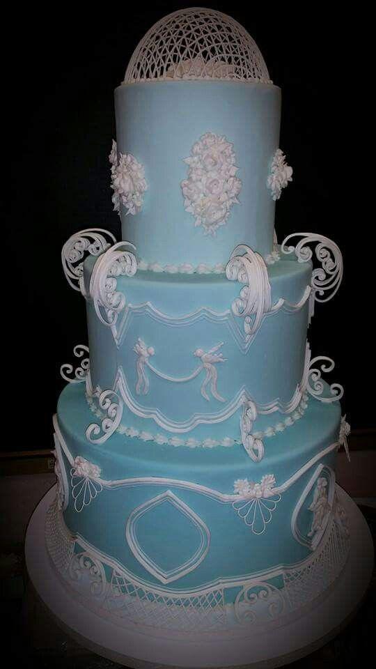Student cake