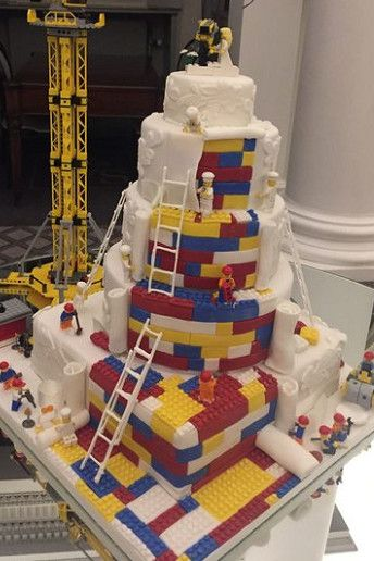This Couples Lego Wedding Cake Is TOO Perfect