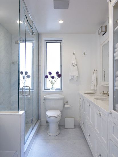 Best 25 small narrow bathroom ideas on pinterest narrow for Narrow bathroom ideas
