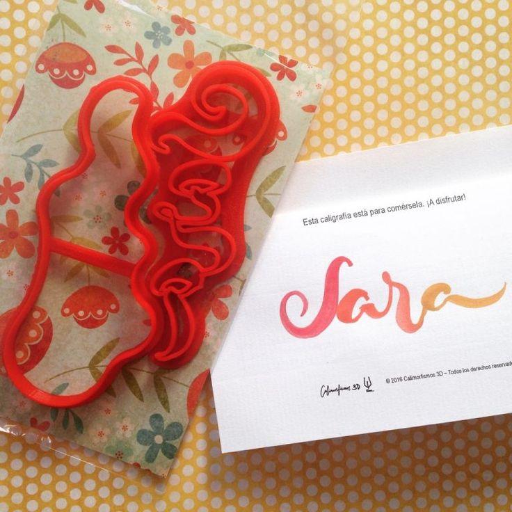 Molde para galletas para Sara, personalizado con caligrafía.