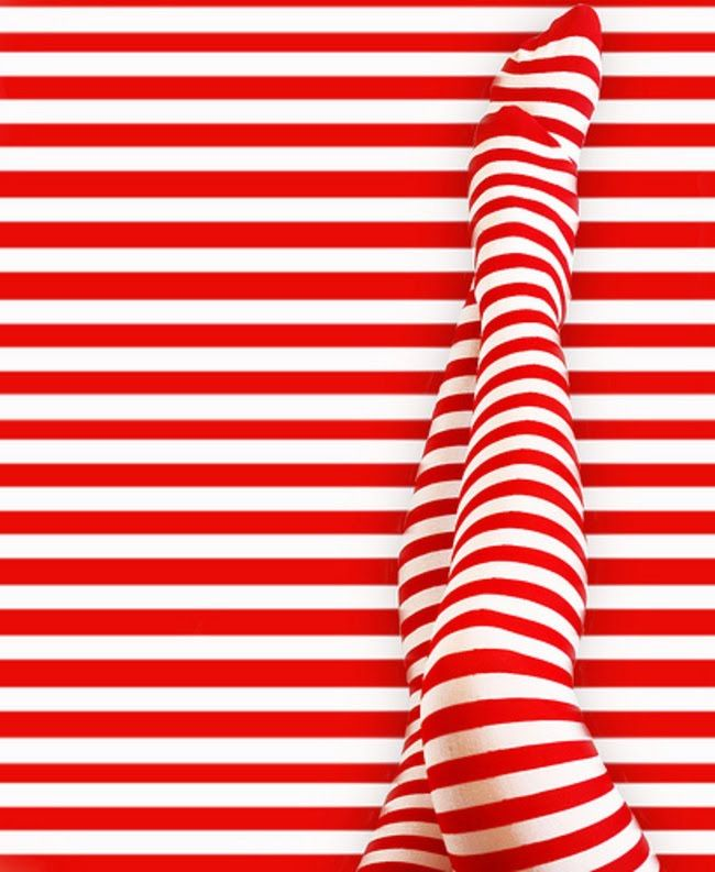 Although these stripes on any normal adult leg would be not very complimentary :o