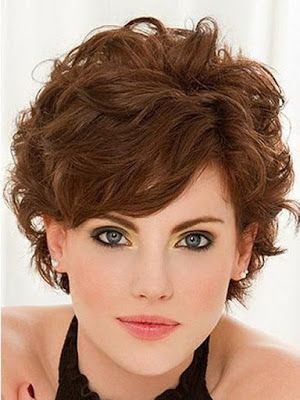 Model Rambut Keriting Wanita - Model Rambut Pendek