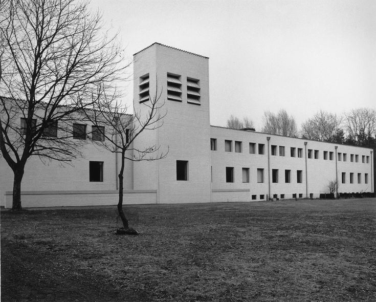 Abdij Roosenberg, Dom Hans van der Laan. Waasmunster, België, 1975.