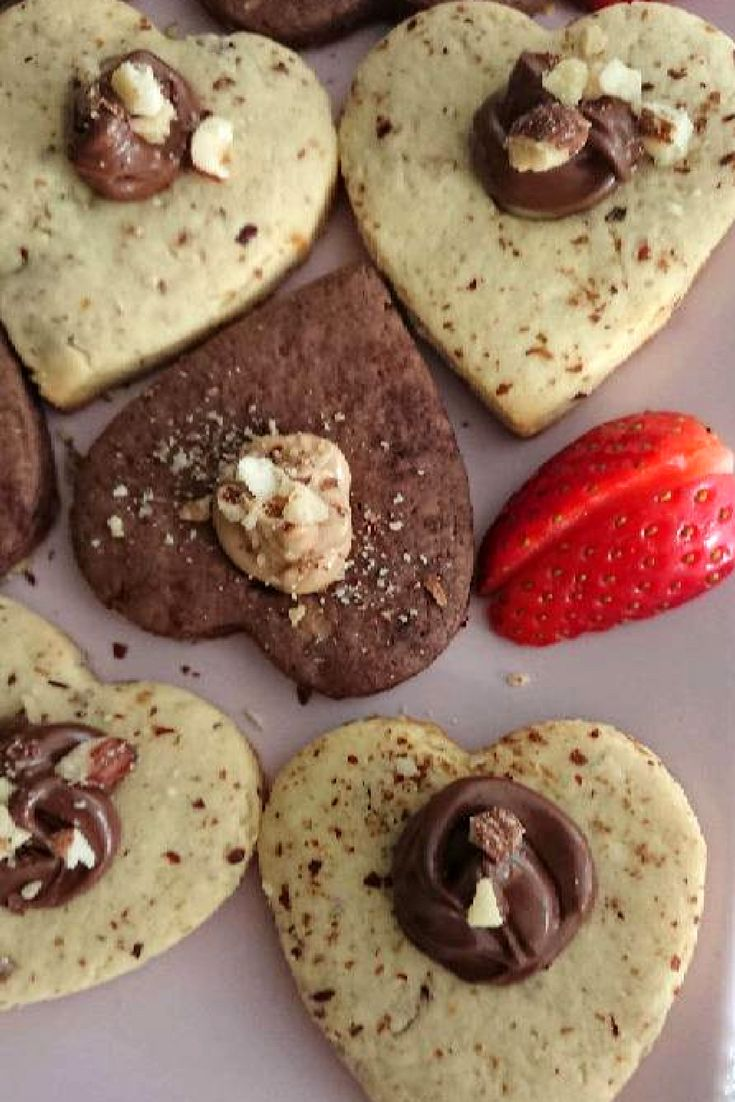 Sevgi Kurabiyesi (Fındıklı Kurabiye) #sevgikurabiyesi #kurabiyetarifleri #nefisyemektarifleri #yemektarifleri #tarifsunum #lezzetlitarifler #lezzet #sunum #sunumönemlidir #tarif #yemek #food #yummy