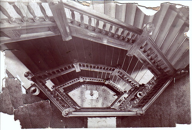 Hexagon Hotel Mineral Wells TX Staircase by YetiLoveMonkey, via Flickr
