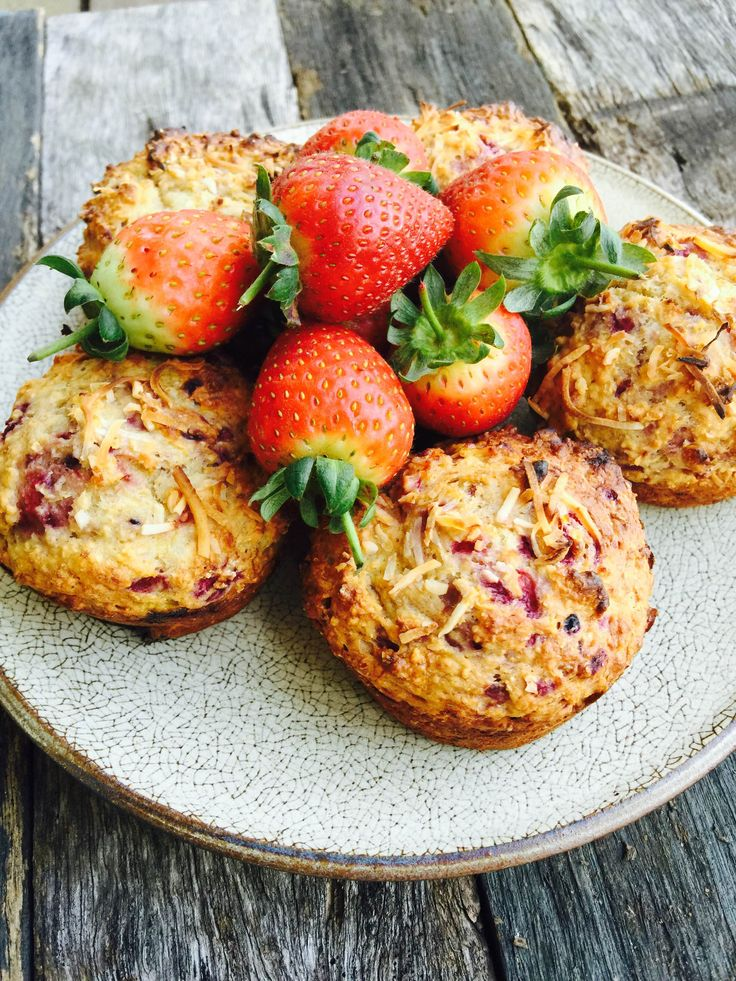 Berry & Coconut Muffins | The Biting Truth