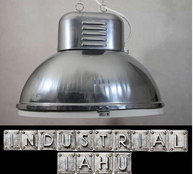 INDUSTRIAL IAHU offers unique old lamp industrial original
