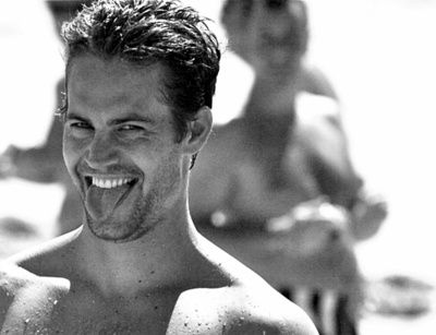 Paul Walker looks like that good looking surfer that's the beach's biggest flirt
