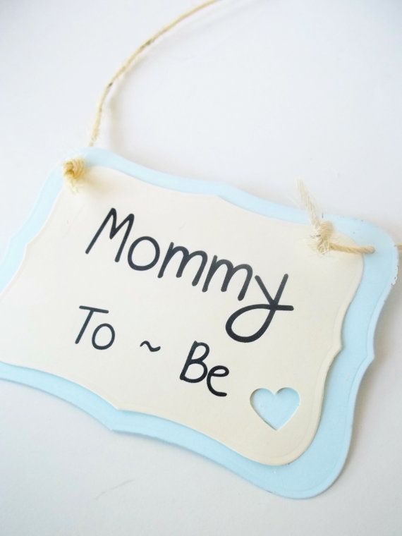 baby mommy to be chair sign mommy to be sign baby shower parties