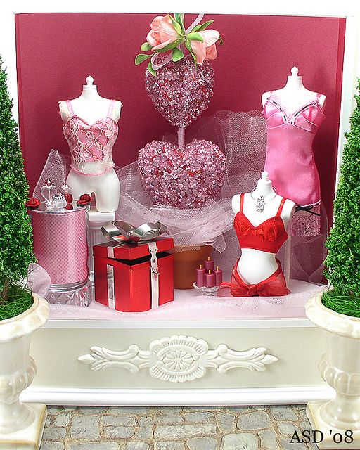 Another Display for Barbie Shopping