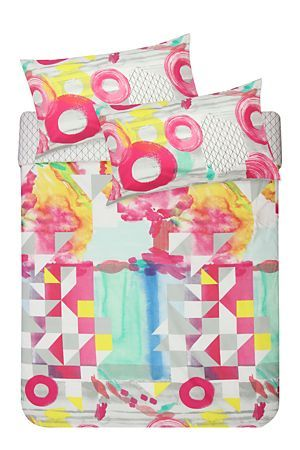 """This 132 thread count polycotton duvet cover set has an abstract painterly print, this duvet cover set will add a fun, modern touch to an urban room setting. Single and three quarter include 1 standard pillowcase, double, queen, king and super king include 2 standard pillowcases.<div class=""""pdpDescContent""""><BR /><BR /><b class=""""pdpDesc"""">Fabric Content:</b><BR />45% Cotton 55% Polyester<BR /><BR /><b class=""""pdpDesc"""">Wash Care:</b><BR>Lukewarm machine wash</div>"""